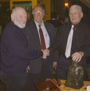 jpeg image of Gorden being presented with the tropy by Alan and Barry